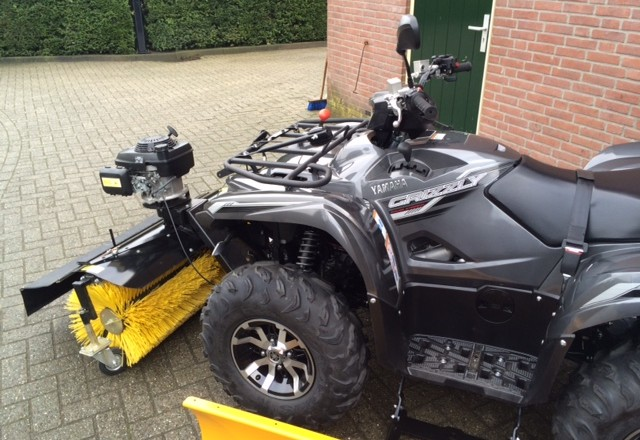 grizzly 700 yamaha quad 4x4 (5)
